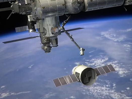 Illustration of SpaceX's Dragon spacecraft arriving at the International Space Station. Credit: NASA