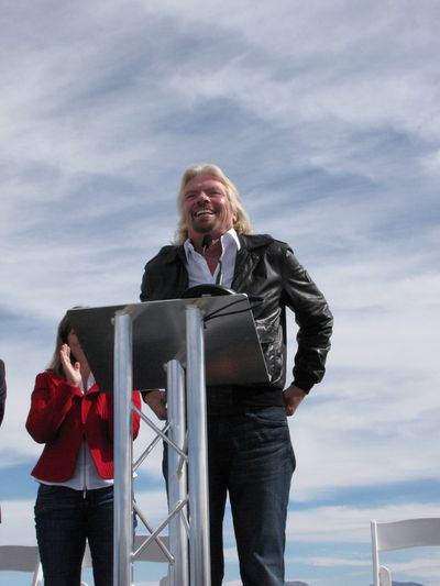 Richard Branson speaks at Spaceport America in New Mexico. (Credit: Douglas Messier)