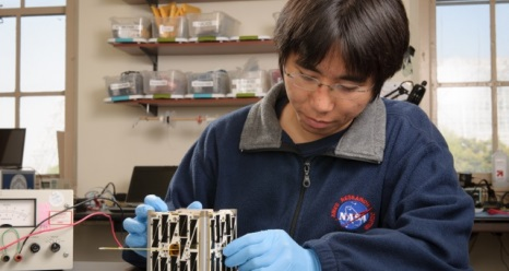 "NASA Ames engineers are building PhoneSats, demonstrating how ""off the shelf"" consumer devices can lead to new space exploration capabilities. (Credit:  NASA Ames Research Center/Dominic Hart)"