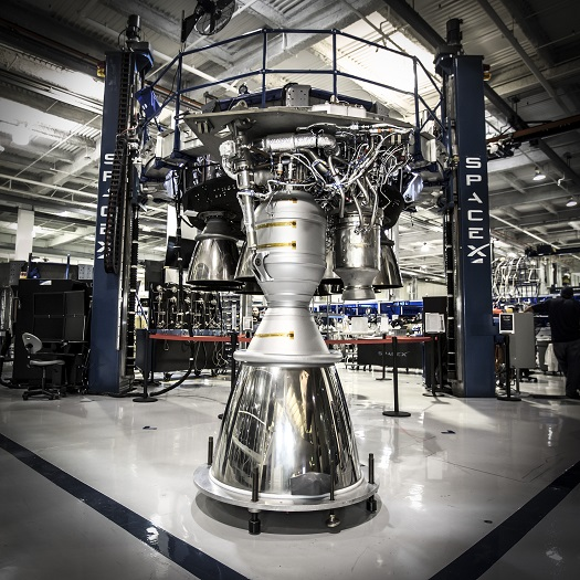 The 100th Merlin 1D engine to come off the assembly line. (Credit: SpaceX)