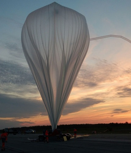 CNES stratospheric balloon launch from the Canadian Timmins base in 2013. (Credit: CNES/V. Dubourg)