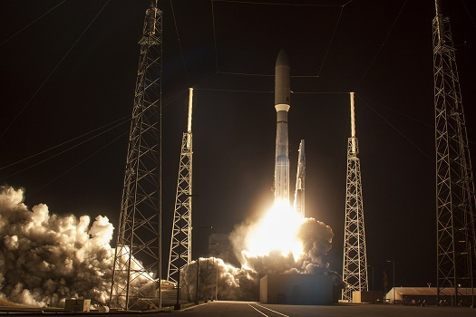 Atlas V launches MUOS-3 satellite. (Credit: ULA)