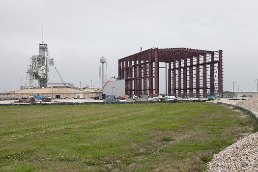 SpaceX vehicle integration building at Pad 39A. (Credit: NASA)
