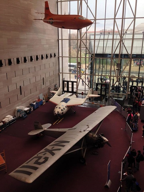 SpaceShipOne on the floor beside the Spirit of St. Louis of the National Air & Space Museum. (Credit: National Air & Space Museum)