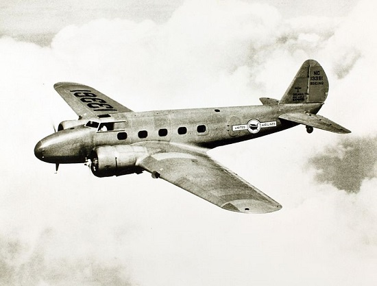Boeing 247 airliner operated by United Airlines. (Credit: San Diego Air & Space Museum)
