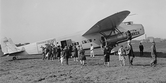 The 32-passenger Fokker F.32 first flew in 1929.