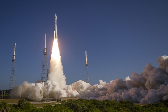 Atlas V launches the NROL-61 satellite. (Credit: ULA)