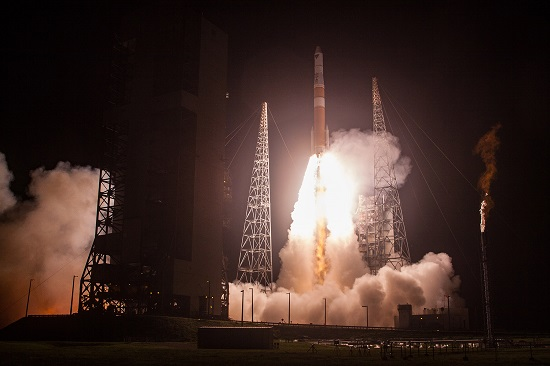 A United Launch Alliance (ULA) Delta IV rocket carrying AFSPC-6 mission lifts off from Space Launch Complex-37. (Credit: ULA)